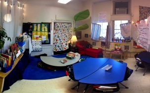 A stitched panoramic photo of one of the 1st grade classrooms.